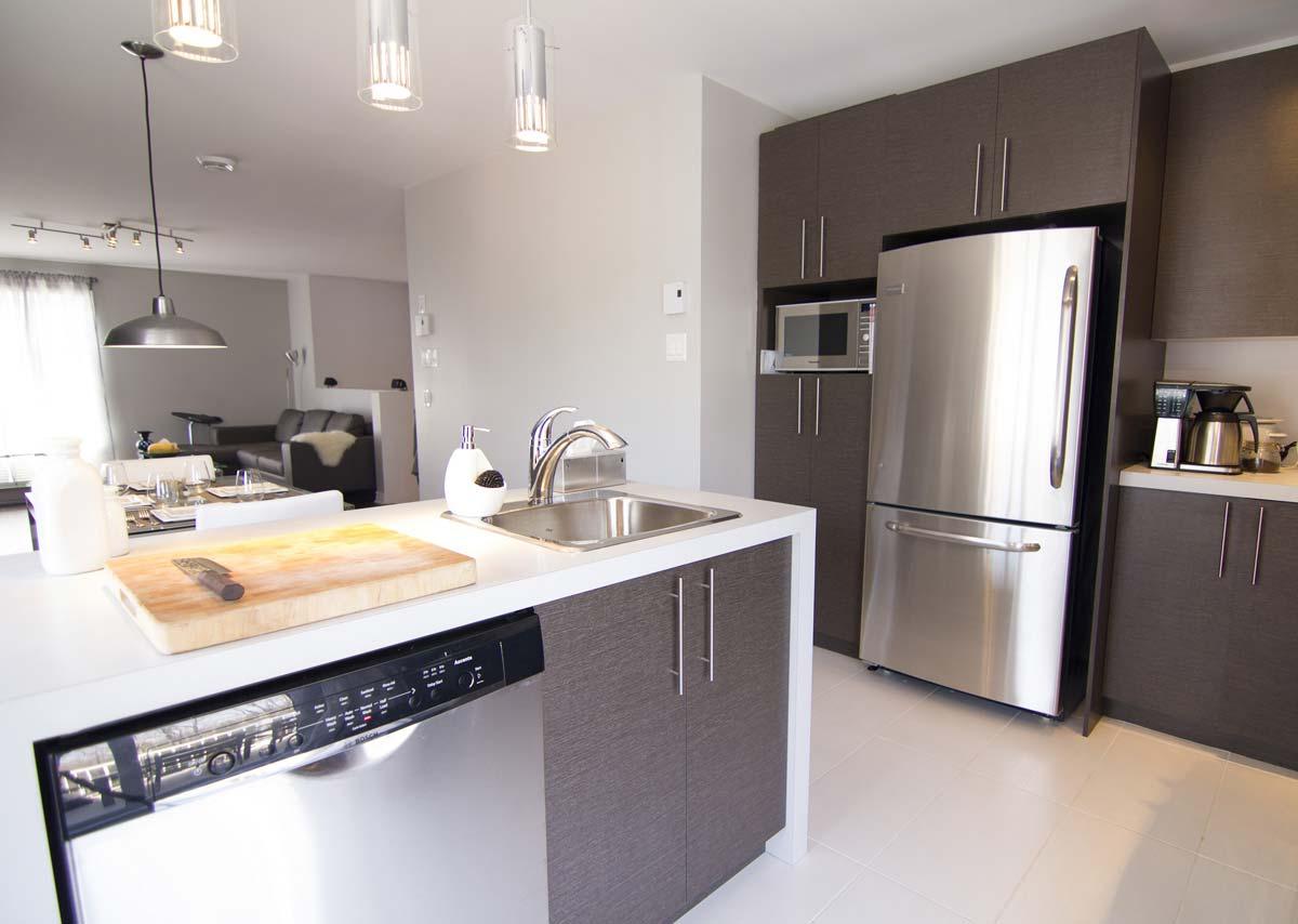 cuisine sur mesure affordable with cuisine sur mesure trendy cuisiniste gardcuisine surmesure. Black Bedroom Furniture Sets. Home Design Ideas